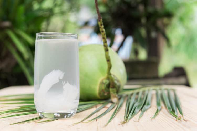 Nước dừa lovenatural